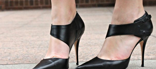 a6921008425f 10 Best Designer Shoes Reviewed   Rated in 2019