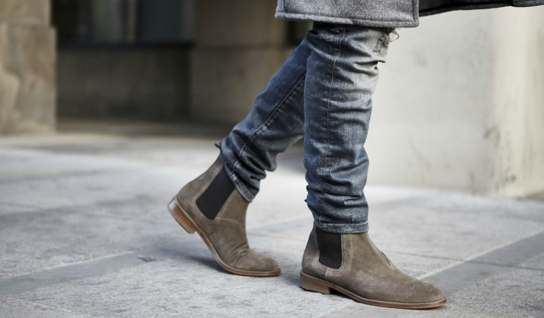 5af49ee87b34 10 Best Chelsea Boots Reviewed   Rated in 2019