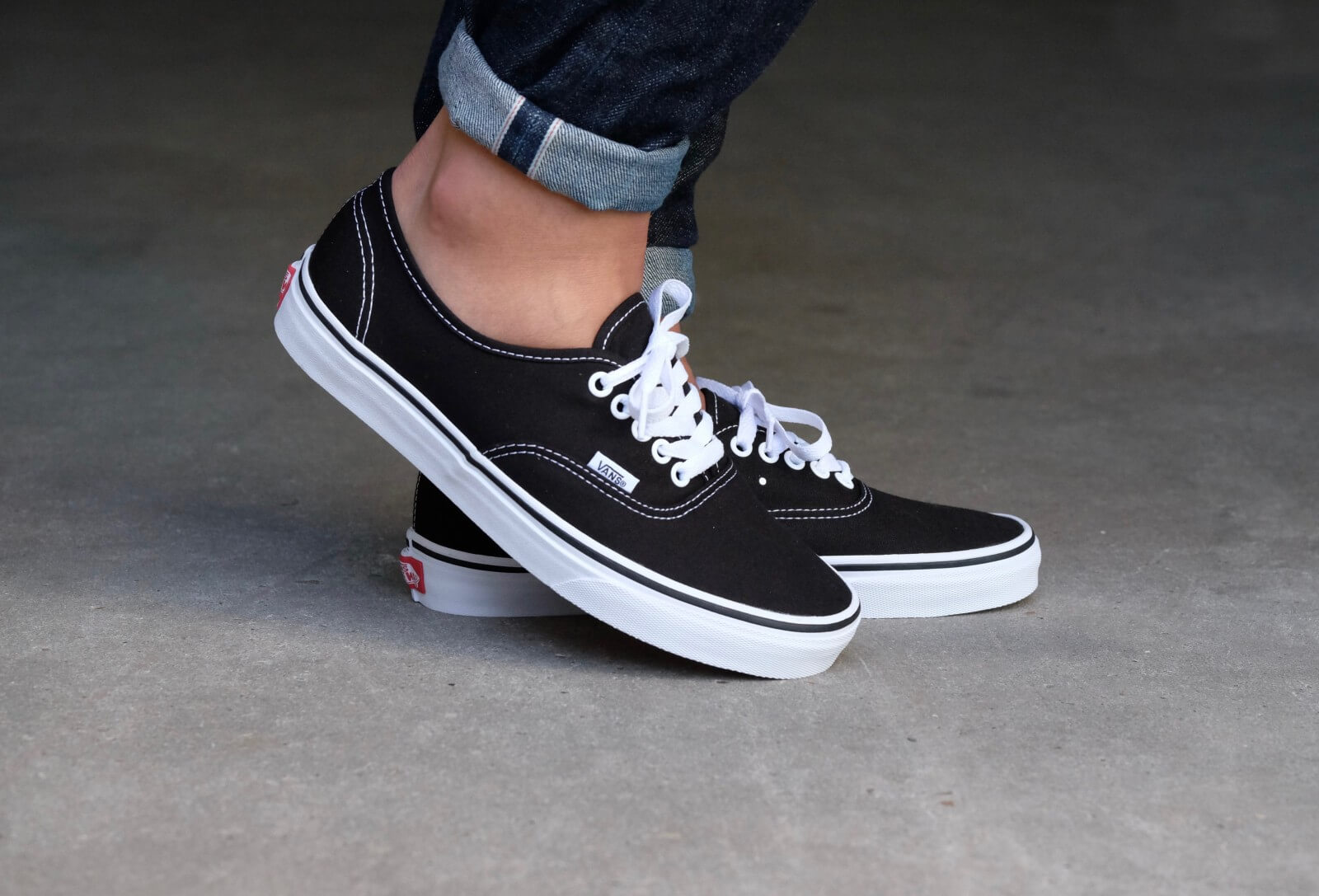 10 Best Vans Shoes Reviewed & Rated in 2019 | WalkJogRun