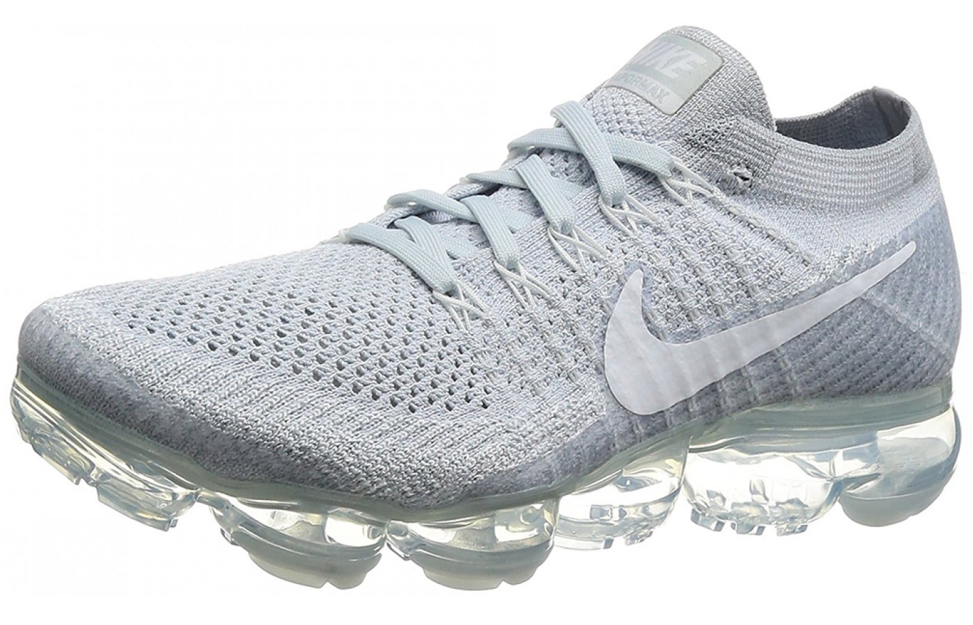 27cede55ed0 Three quarter view of the Nike Air Vapormax running shoe ...