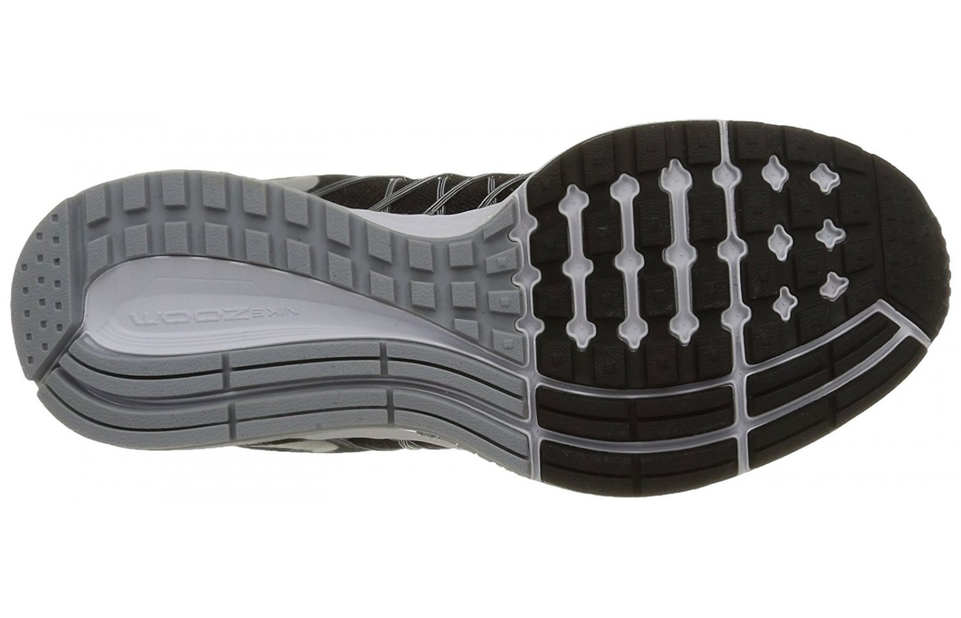 A bottom view of the Nike Zoom Pegasus 32 running shoe.