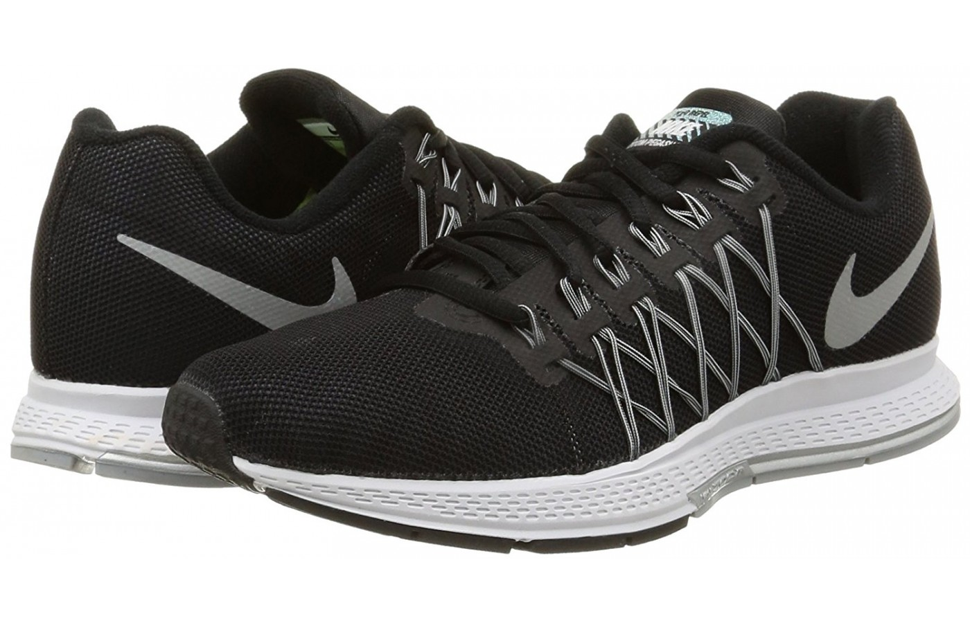 A opair of the Nike Zoom Pegasus 32 running shoes.