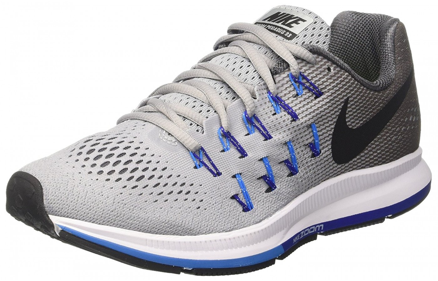 a36eb14234845 Three quarter view of the Nike Air Zoom Pegasus 33 running shoe ...