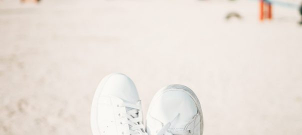 ff5716575b178 10 Best White Shoes Reviewed   Rated in 2019