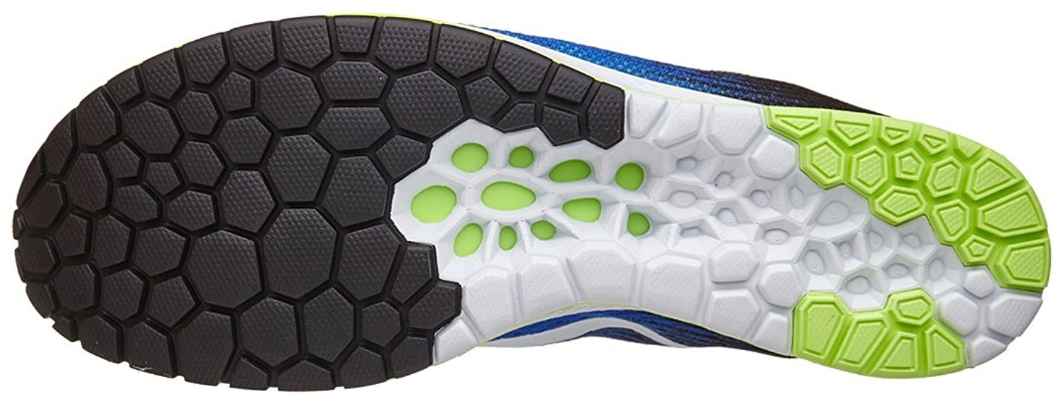 A bottom view of the Nike Streak 6