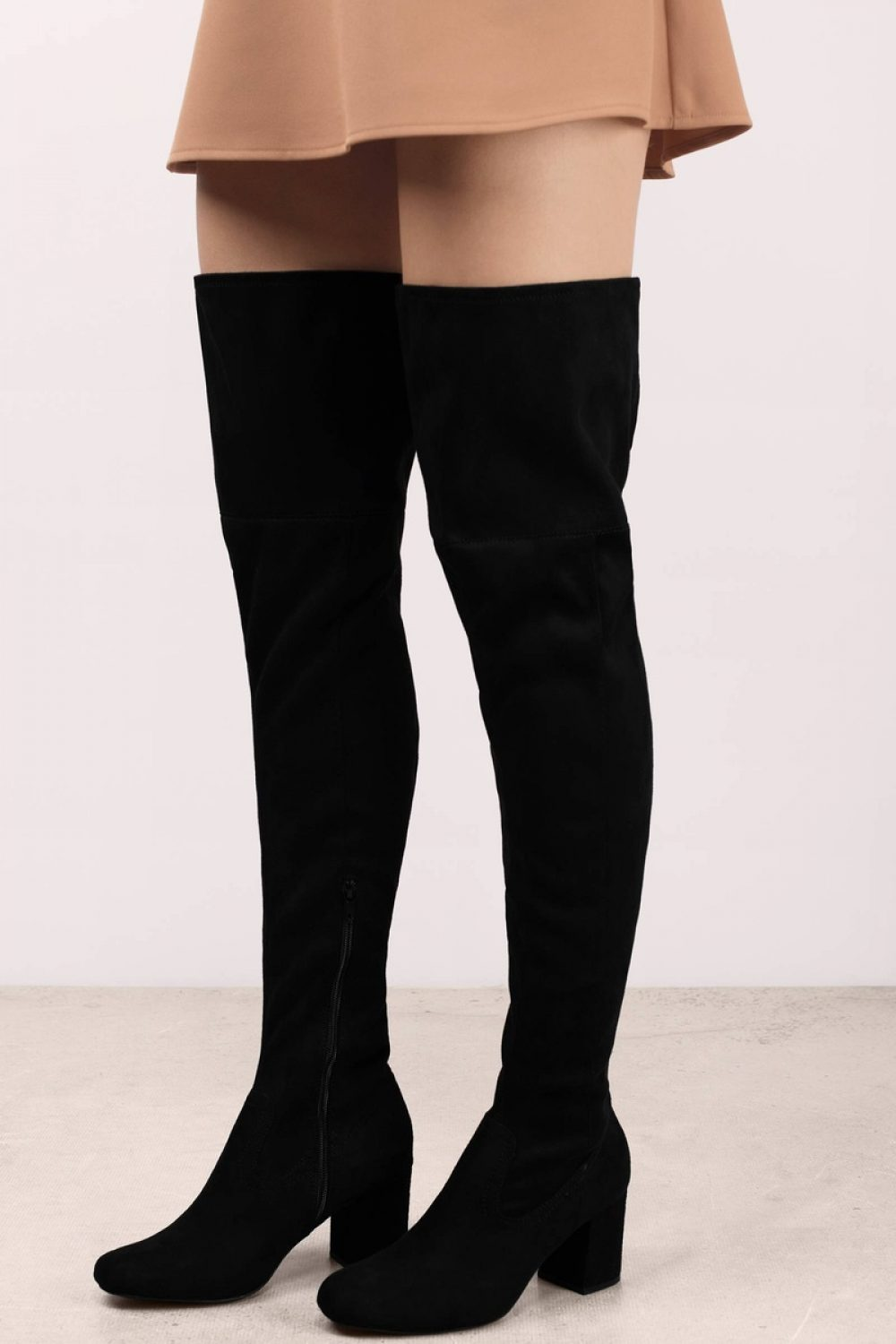 0b2be9c48 10 Best Thigh-High Boots Reviewed   Rated