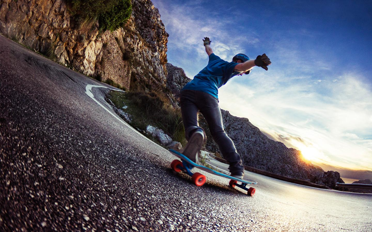 10 Best Shoes for Longboarding Reviewed