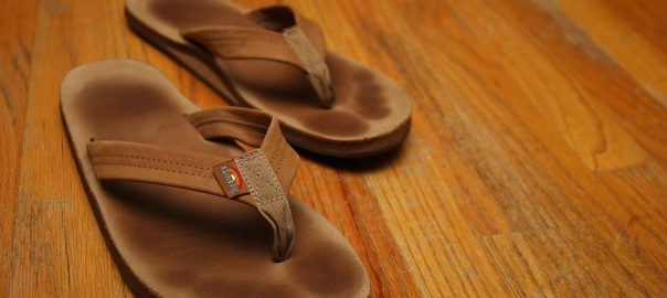 ca47d3d10 10 Best Rainbow Sandals Reviewed   Rated in 2019