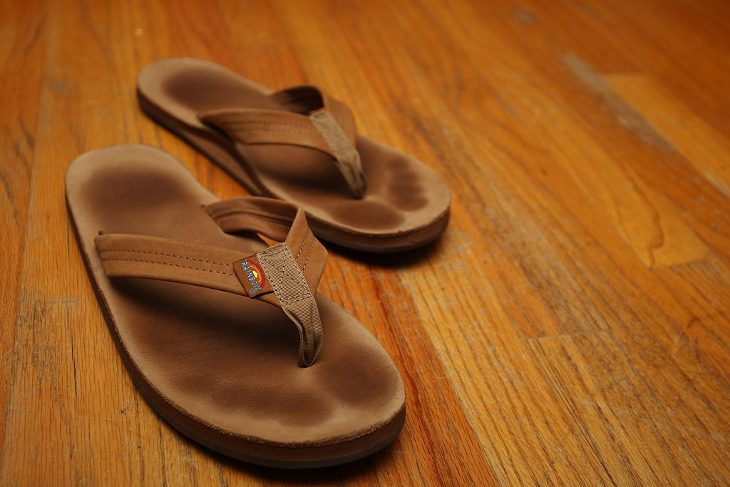 10552f87a 10 Best Rainbow Sandals Reviewed   Rated in 2019