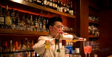 An In Depth Review of the Best Shoes for Bartending of 2018