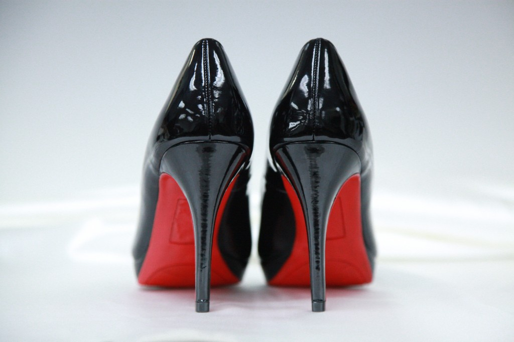 d7f5a3de45f 10 Best Shoes with Red Bottoms Reviewed   Rated in 2019