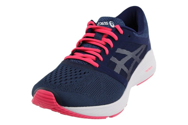 An in depth review of the Asics Roadhawk FF in 2018