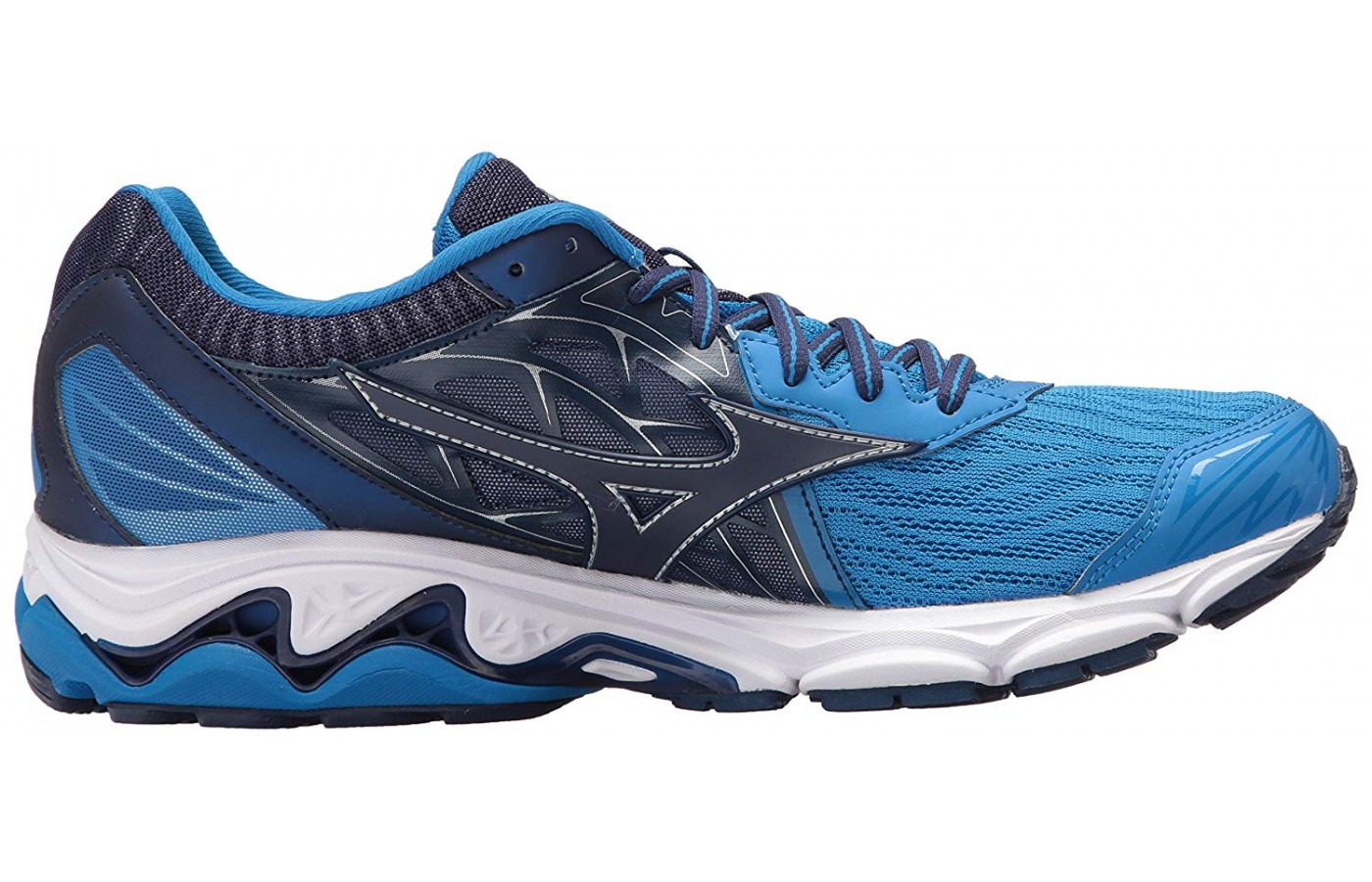 The Mizuno Wave Inspire 14 protects the leg
