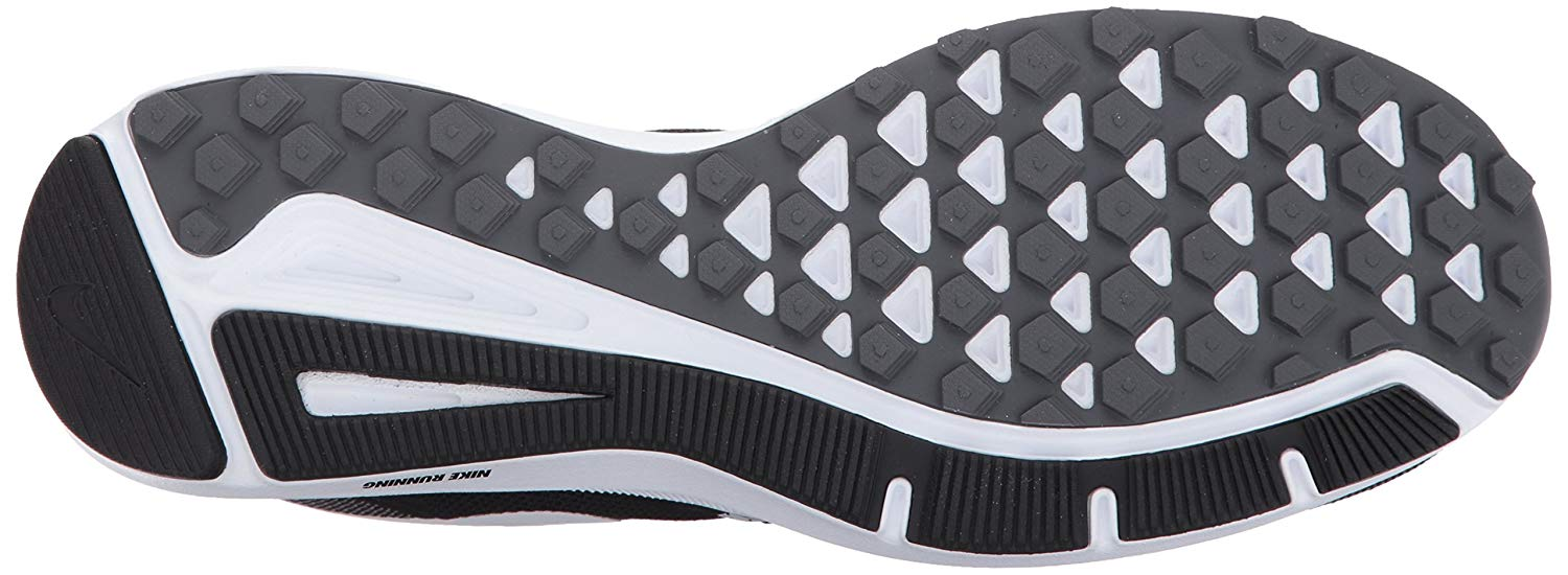 Rubber outsole offers strong traction on wet and dry terrain