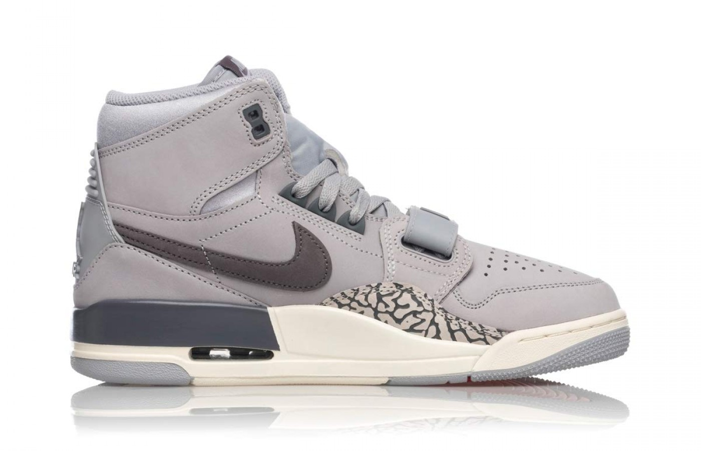 aquí Objetado Lo anterior  Nike Air Jordan Legacy 312 Reviewed & Rated in 2020 | WalkJogRun