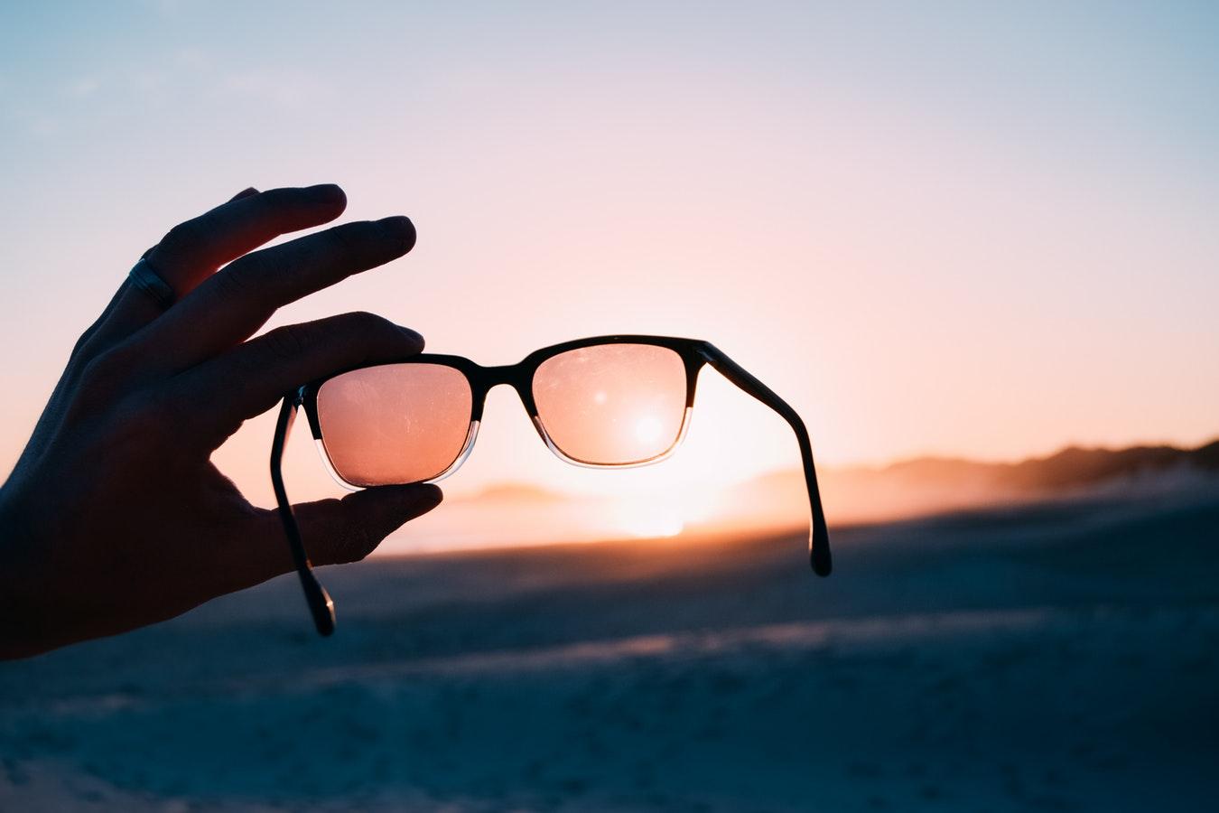 abac04240ab1 10 Best Running Sunglasses in 2019 [ULTIMATE GUIDE]   WalkJogRun
