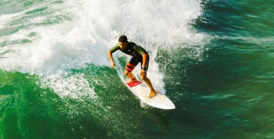 An In Depth Review of the Best Mens Rash Guards in 2019