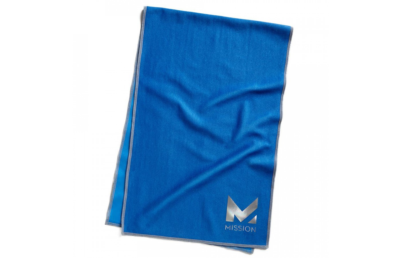 A basic blue Mission HydroActive Max cooling towel.