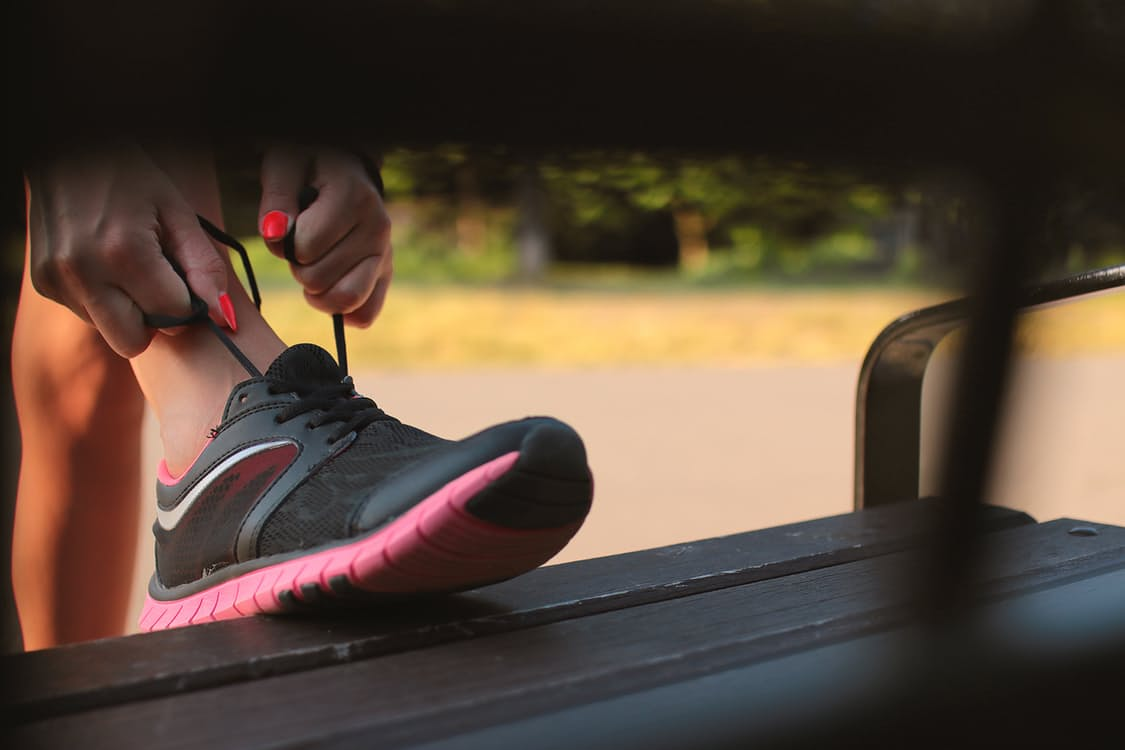 The 7 Best Minimalist Running Shoes For Women Reviewed