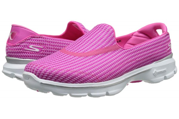A Detailed Review of the Skechers Go Walk 3