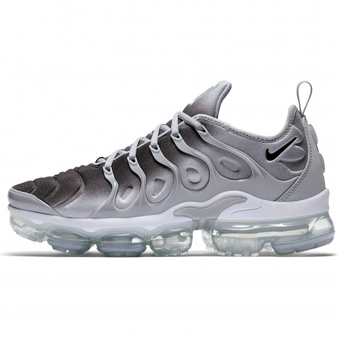 Nike Air Vapormax Plus trending shoes