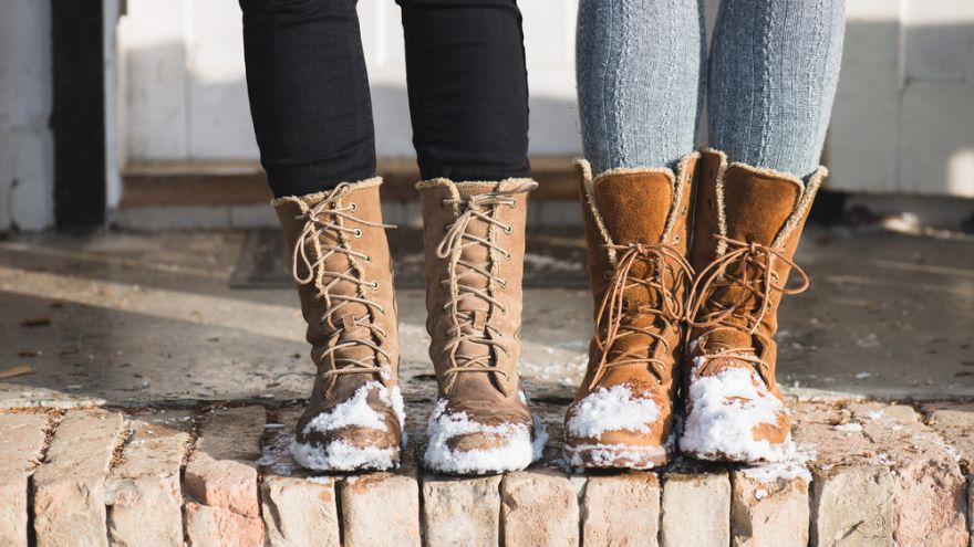 Fashionable Boots for Christmas Shopping in 2016