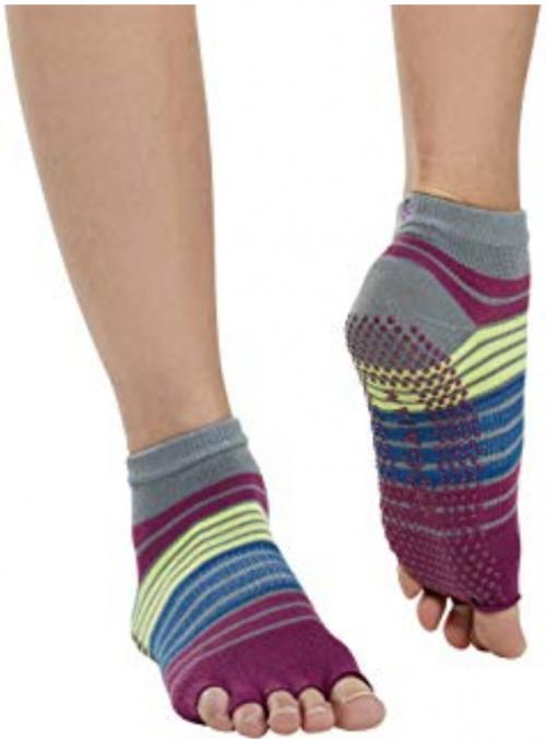 image of Gaiam yoga socks