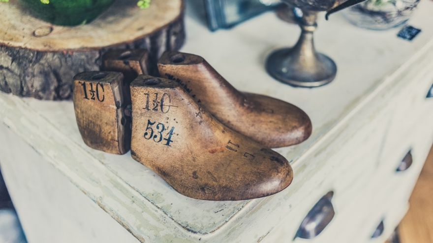 An in depth guide on How to Make Shoes for Hobbyists and Survivalists in 2018