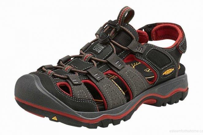 KEEN Rialto H2 walking sandal by Teva