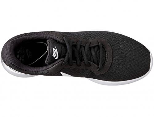 NIKE Men's Tanjun Sneakers laces