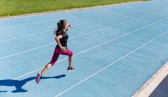Running Fast vs Running Far