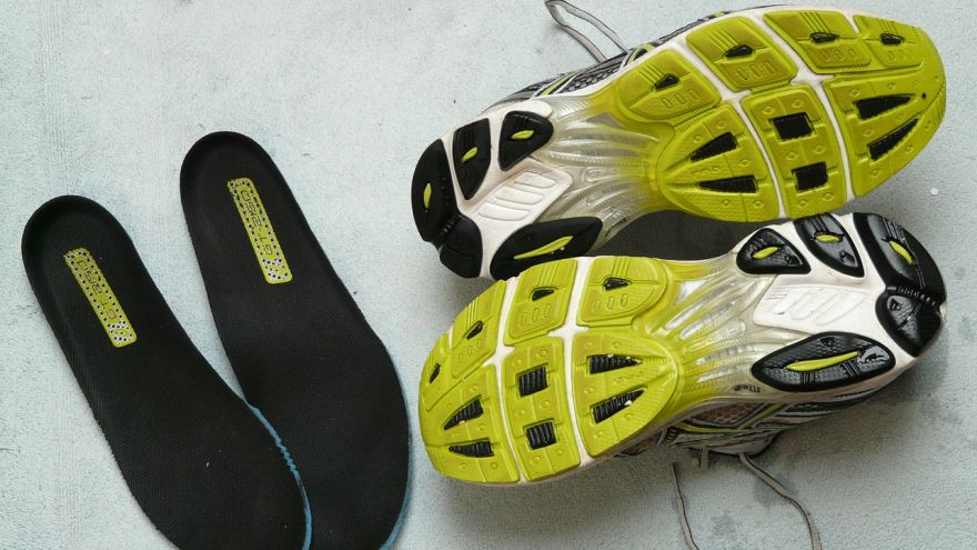 How to Choose Orthotic Shoe Insoles